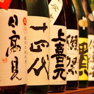 30~40種を常備する焼酎・日本酒