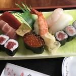 魚富 - 料理写真:上寿司