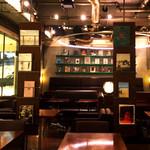 カフェ&ブックス ビブリオテーク - 写真集、絵本、デザインブック、雑貨、ワークショップまで幅広いカルチャーミックスカフェ。