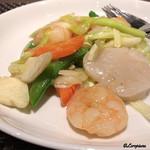 中国料理 空 - 海老と帆立貝柱と黄韮の炒め物