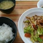 ドジャース食堂 - 辛味噌炒め定食お手軽盛り 600円