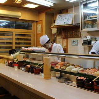◇創業60年以上◇新世界で愛され続ける大衆価格の寿司屋です