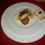 サハラ - サラダ・メシュイとパン・ハリッサ
