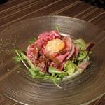 肉バル MEAT BOY N.Y - ・ローストビーフのユッケSTYLE