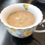 インド・ネパール料理 スラージ - スープ。カップがコーヒー用ですね♪