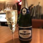 81569971 - シャンパン「ティエリー・トレオレ」