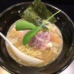 麺屋 しとらす - 塩そば(¥750)