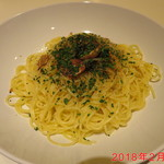 イタリ家食堂マルショ - 料理写真:国産にんにくのペペロンチーノ \750