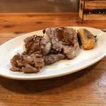 ブロシェットブッチャーズ STEAKぶぶ - 牛カルビおろしポン酢肉寿司、炙り特大牛ロース肉寿司