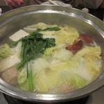 大海 -  野菜を入れてもう一煮込みしたらお鍋の出来上がり。