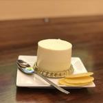 ふなわかふぇ - お芋のレアチーズケーキ