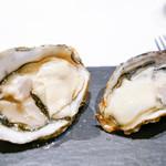 la Brianza - 生牡蠣食べ比べ