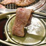 たなか畜産 東十条店 - ほどよく火を通した「ささみ」は。柔らかくとろけるような美味しさながらも、後味が想像以上にフレッシュなことに驚き!