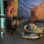 炫 - 鮑を焼いています