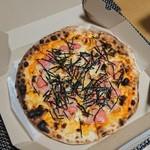 81601031 - タラコと餅ベーコンピザ