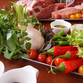 お肉と一緒に季節の新鮮野菜もいかがですか♪