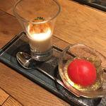 81602069 - 完熟トマトのピクルス 鰹出汁のジュレ/聖護院大根のムース 牡丹海老の塩辛のせ