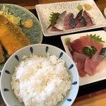 市場亭 - 料理写真:サバづくし定食お刺身盛り合わせ付き