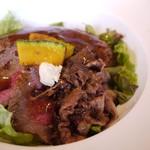ウエムラ - 三食丼