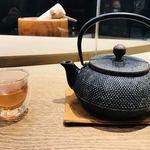 たねや茶屋 - あずき茶    急須もいいですね。