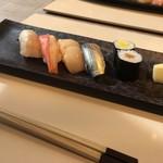 白川 - 4.大将握りたてのお寿司