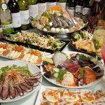 全席個室居酒屋 桜坂 - 高級感のある個室空間でお得なコースはいかがでしょうか?