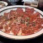 焼肉一番館 - 料理写真:Sランチのロース&カルビ3人前