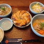 札幌餃子きたろう - 料理写真:パリパリ餃子定食 980円