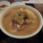 吉田とん汁店 - 料理写真:豚汁定食680円也!