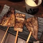 81632805 - 魚串焼き おまかせ3本                       左から鯖・さんま・鯵