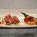 ニューいづみ - 料理写真:[料理] 前菜4種 全景♪w