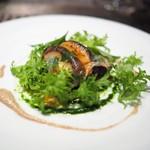 レストラン リューズ -  新潟魚沼産 八色椎茸をタルト仕立てに ラルドの薄いベールで覆って