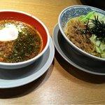 キリン食堂 - 黒つけ麺(800円)