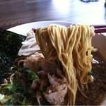 キリン食堂 - 味玉ソバ 麺アップ