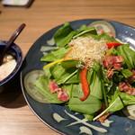 魚菜心伝 なかの家 - ほうれん草と温泉玉子のサラダ
