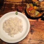 野菜を食べるカレーcamp - 「1日分の野菜カレー 南インド風辛口ルー」990円+「完全食セット」150円