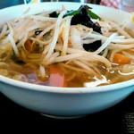 越王らーめん - 野菜ラーメン(小)