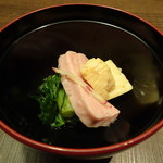 温炊き さんずい - お通し(302円)