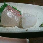 8165016 - 鮮魚二点盛。カンパチとタコ