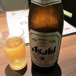 8165991 - ビールで乾杯