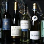中野肉酒場 いぶし - 世界の白ワイン