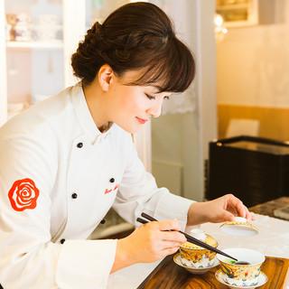 オーナーシェフ&料理研究家小薇(シャウェイ)先生