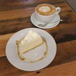 CoffeeLounge Lemon - ダブルチーズケーキ&カフェラテ