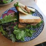 あぶくり - ポークフィレとアップルのサンドイッチ1