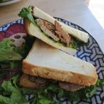 あぶくり - ポークフィレとアップルのサンドイッチ2