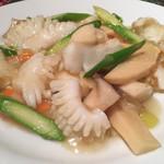 中国料理 菜心 - イカ塩味炒め
