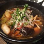 中国料理 菜心 - 酸辣五目鍋