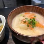 オ バロン ルージュ - 熱々の具沢山豚汁(2018.2.28)