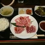 焼肉 龍 - 盛り合わせ焼肉ランチセット