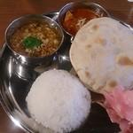 インド料理 マルジョウ - ランチ2種 1,000円
